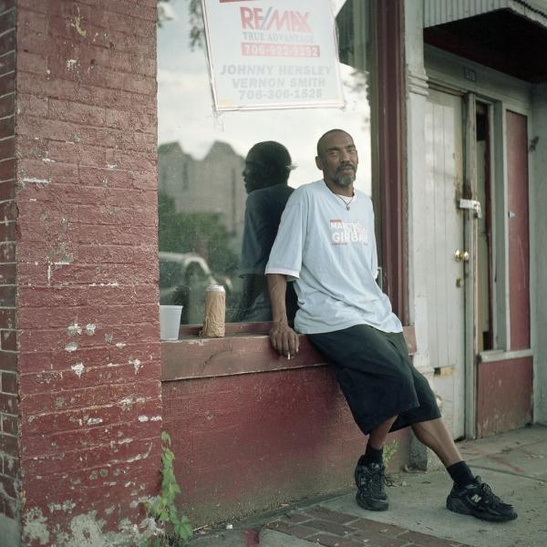 https://www.michaelwriston.com/files/gimgs/th-21_Street Portraits I - 005.jpg