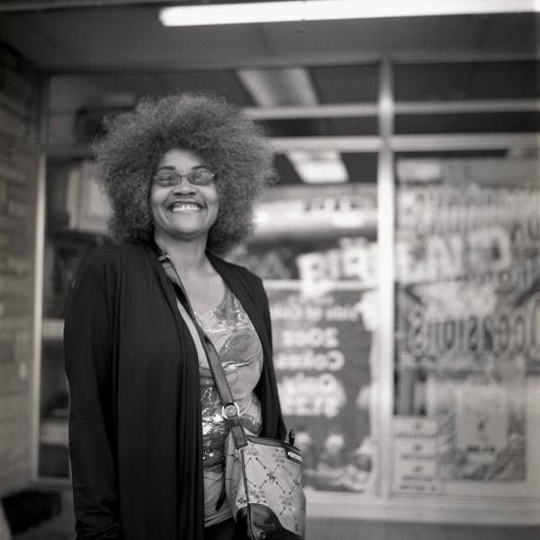 https://www.michaelwriston.com/files/gimgs/th-21_Street Portraits I - 018.jpg